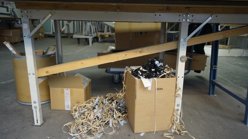 Arbeitstisch Mit Obenliegender Holzplatte Krieg Bhv Gmbh